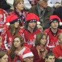 caps-fans-santa-hats-16